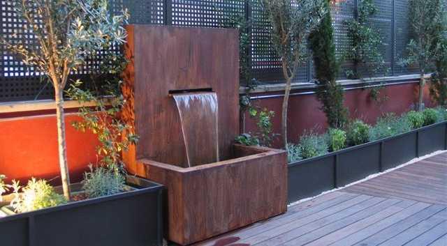 Mobiliario de acero corten dise o acero oxidado acero for Jardineras acero corten