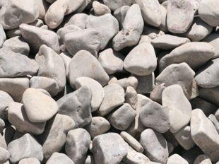 Cantos rodados blancos marfil