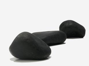 Canto rodado negro pulido natural