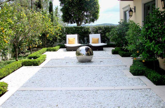 Jardines y patios con marmolinas de granitos