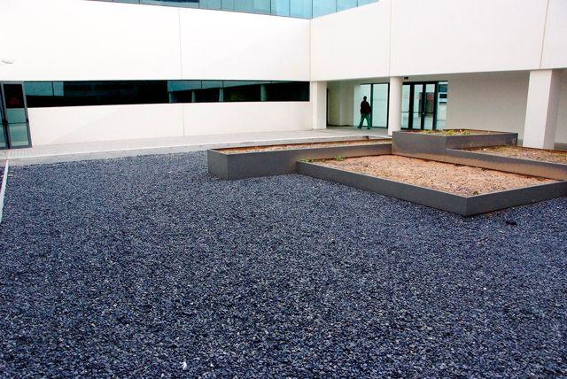 piedra negra igea para cubiertas, tejados y patios de luces